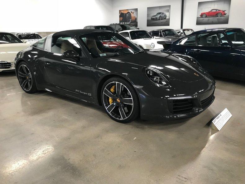 2017 Porsche 911 C4S Targa