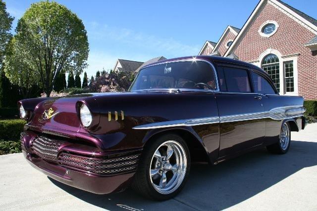 1957 Pontiac Pathfinder Deluxe
