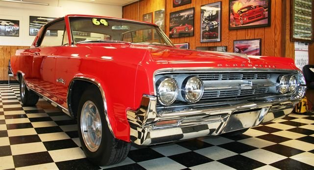 1964 Oldsmobile Jetstar 1