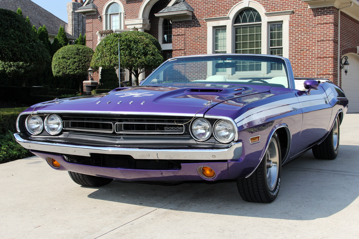 238386 1971 challenger  conv purple 72382
