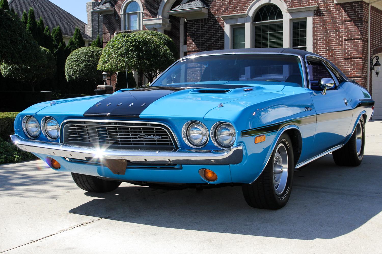 240930 1973 challenger  blue 08394