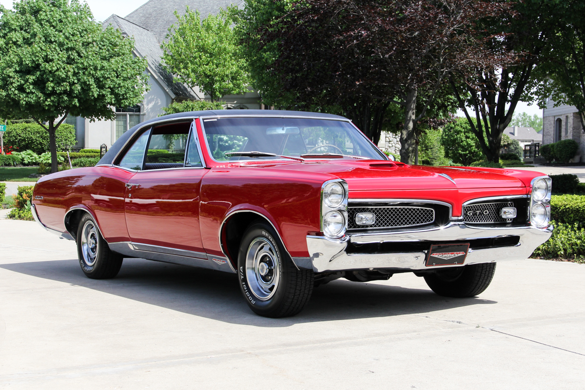 218111 1967 gto  red  337011