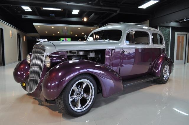 1935 Oldsmobile Street Rod