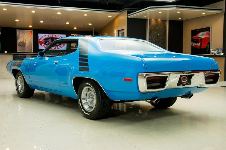 1972 Plymouth Road Runner Vanguard Motor Sales