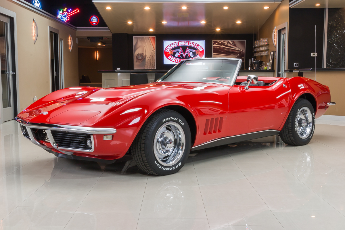 359866 27fbb0893bf868 corvette convertable  red 45721