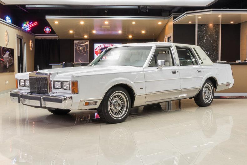1989 Lincoln Town Car Vanguard Motor Sales