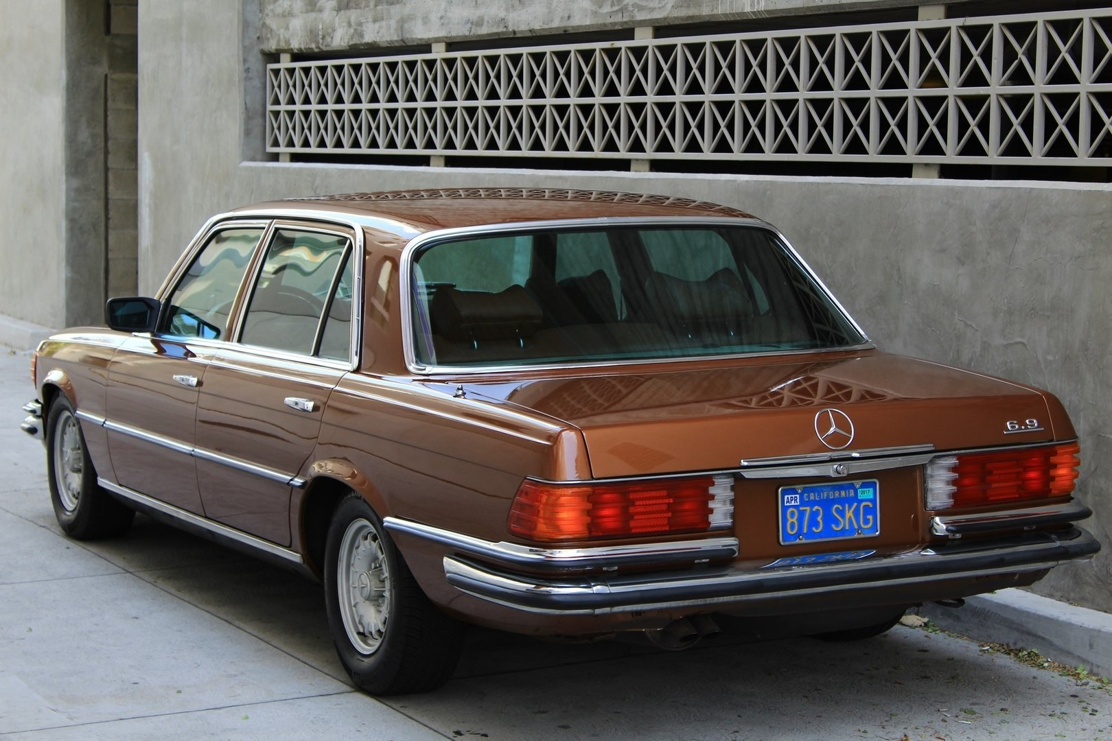 1979 mercedes benz 400 for sale 74867 mcg for Garage mercedes bron