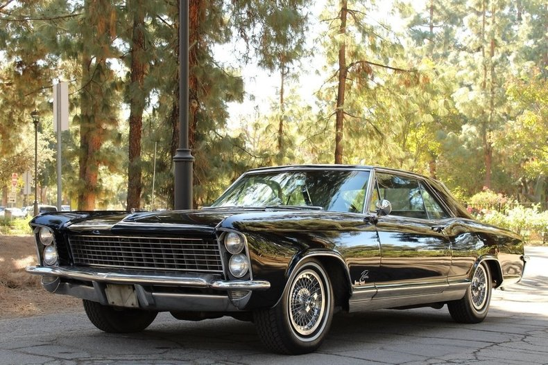 180735c1d4dba_low_res_1965-buick-riviera