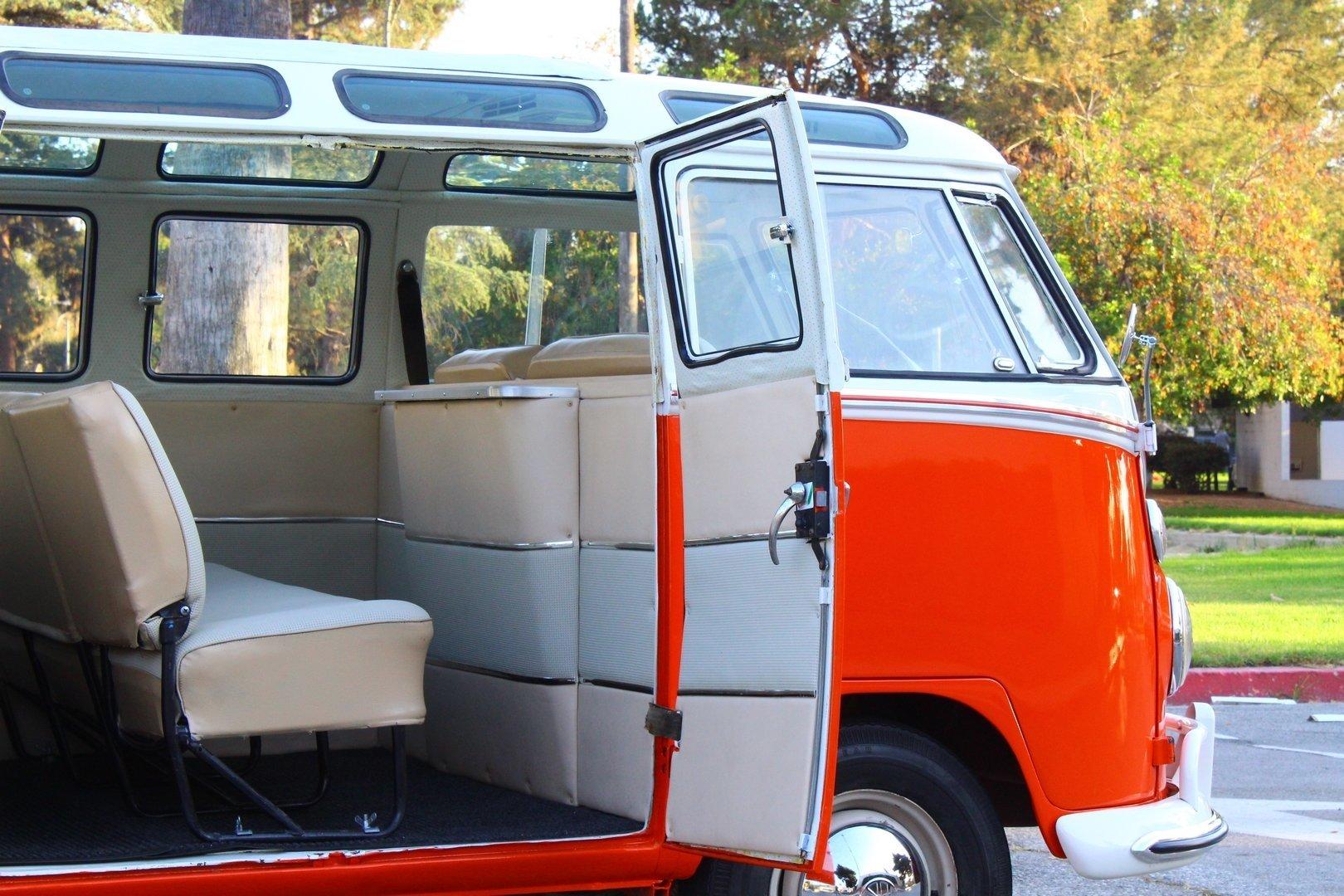 1963 Volkswagen Type 2 (T1) Sunroof Deluxe/Samba Microbus for sale #95220 | MCG