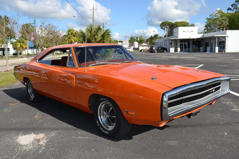 830d4d10f8f low res 1970 dodge charger