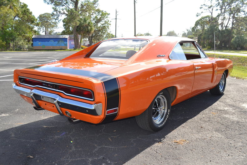 836aa29f7e4 low res 1970 dodge charger