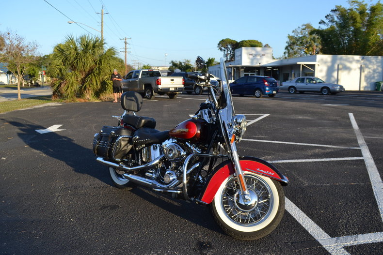115794c82978 low res 2010 harley davidson heritage softail special