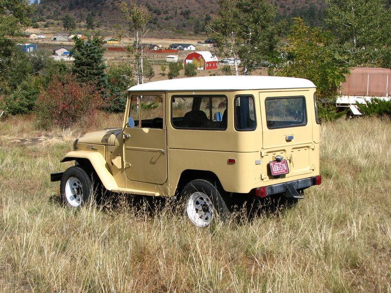 1971 TOYOTA LHD FJ40 V8 AUTO
