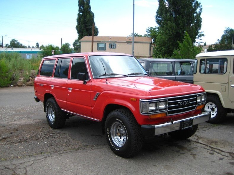 1989 TOYOTA LHD FJ62 AUTOMATIC LOADED