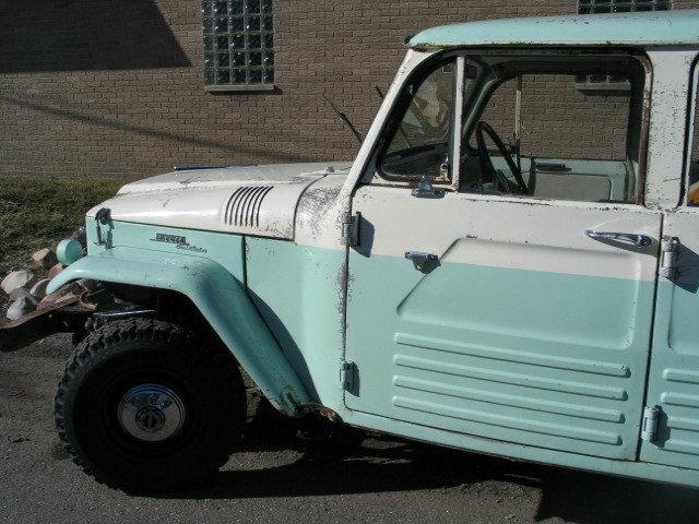 1967 TOYOTA ROT FREE FJ45 WAGON 4 DOOR