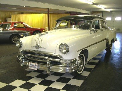 1954 Pontiac Chieftain Eight