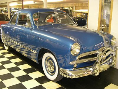1949 Ford Deluxe