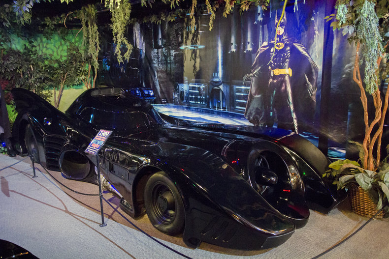 1989 batmobile keaton batmobile volo auto museum. Black Bedroom Furniture Sets. Home Design Ideas
