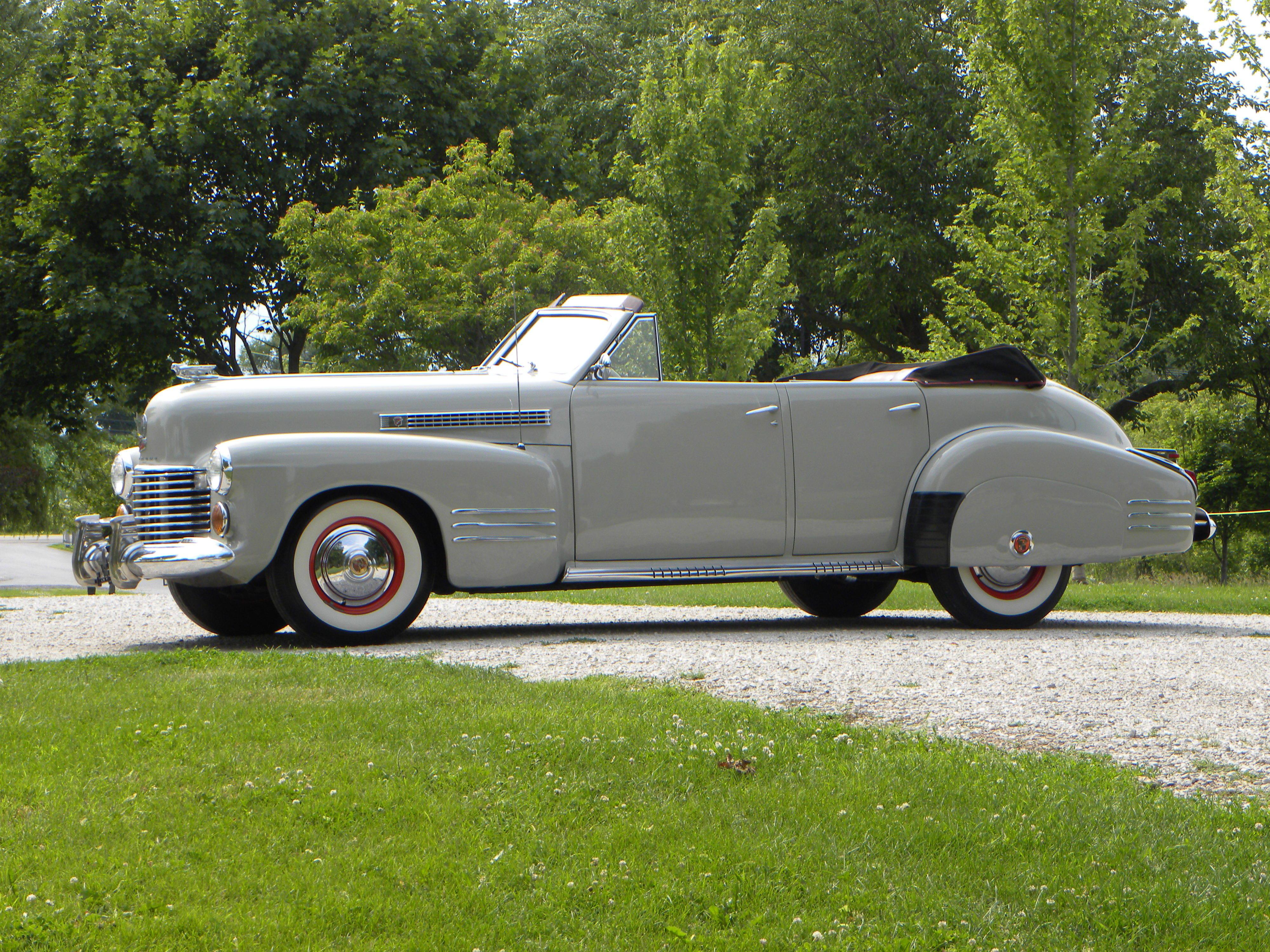 1941 Cadillac Series 62 | Volo Auto Museum