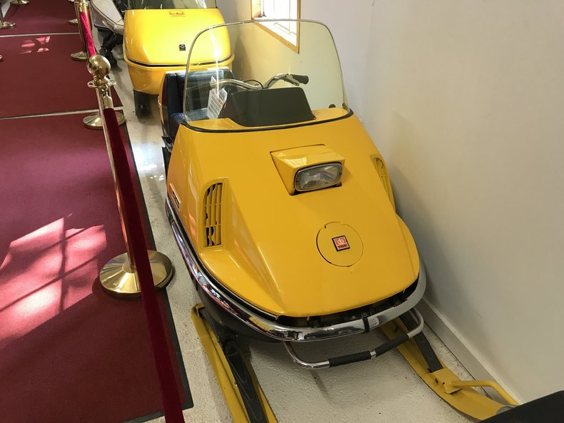 1971 Ski Doo Nordic 399 and Ski Boose