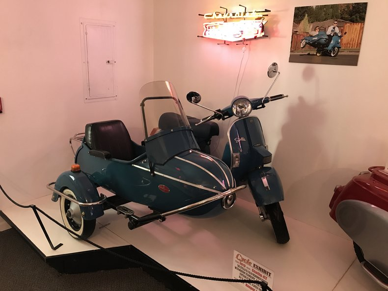 2013 Stella Scooter with Sidecar