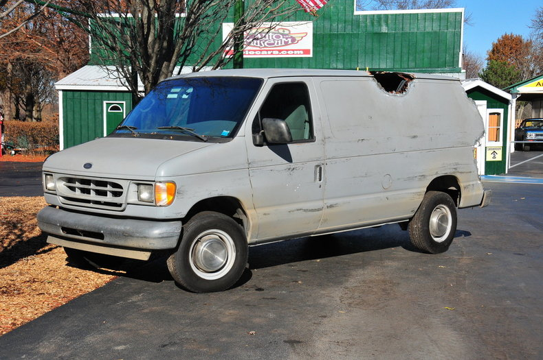 33670179d1111d low res 2001 ford e 250