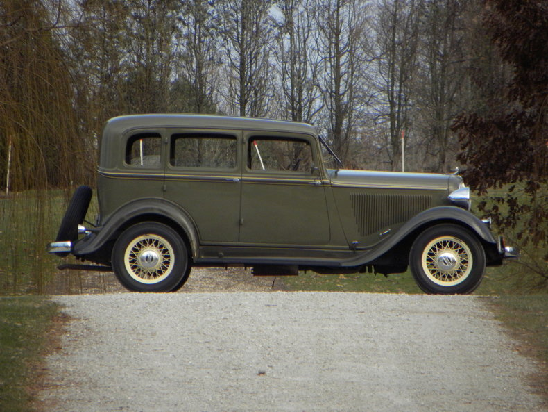 1933 plymouth model pd my classic garage for 1933 plymouth 4 door