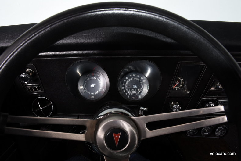 36415673ee9289 low res 1969 pontiac firebird