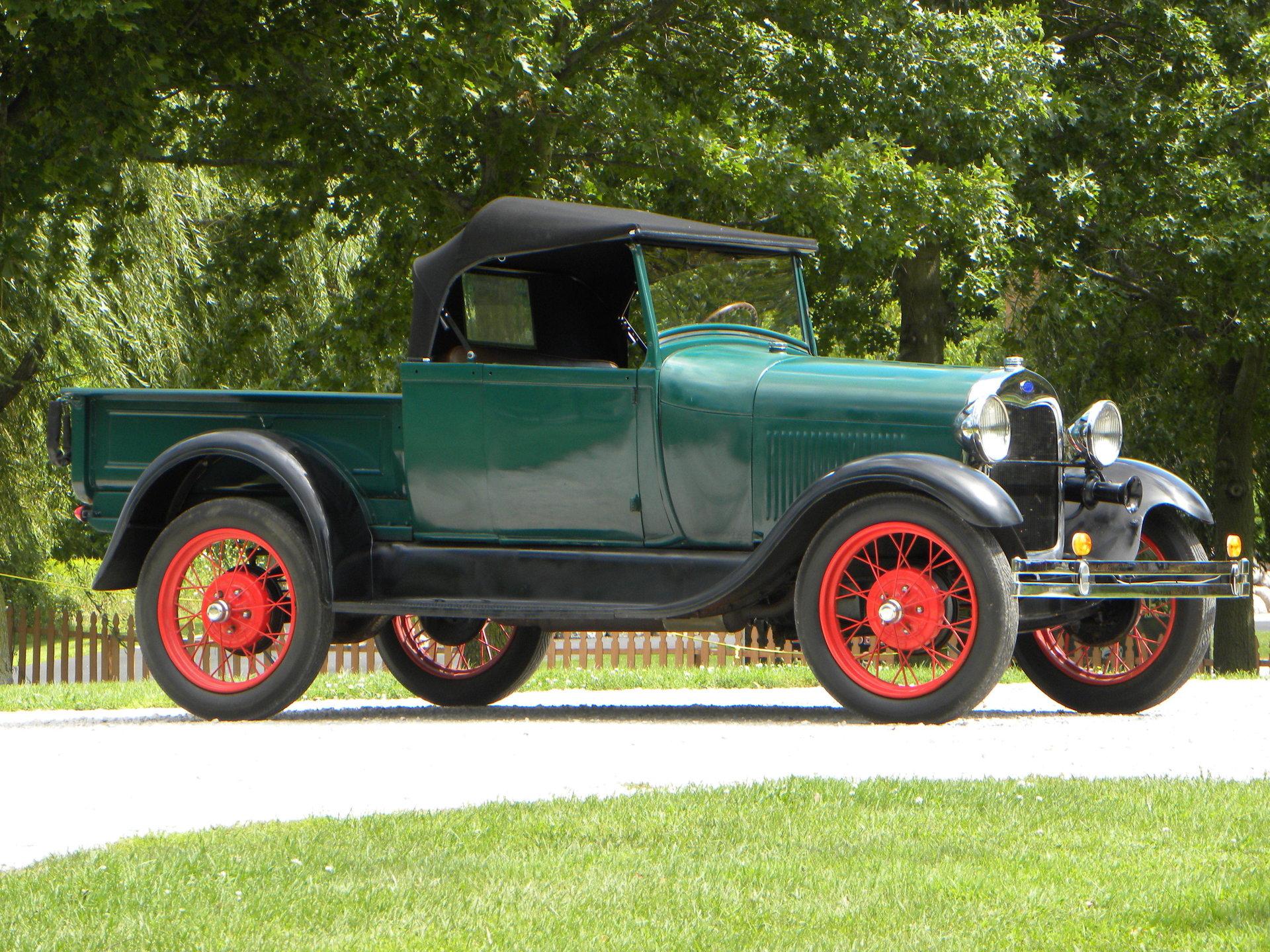 Village Auto Body >> 1928 Ford Model A   Volo Auto Museum