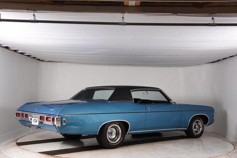 1969 chevrolet impala volo auto museum. Black Bedroom Furniture Sets. Home Design Ideas