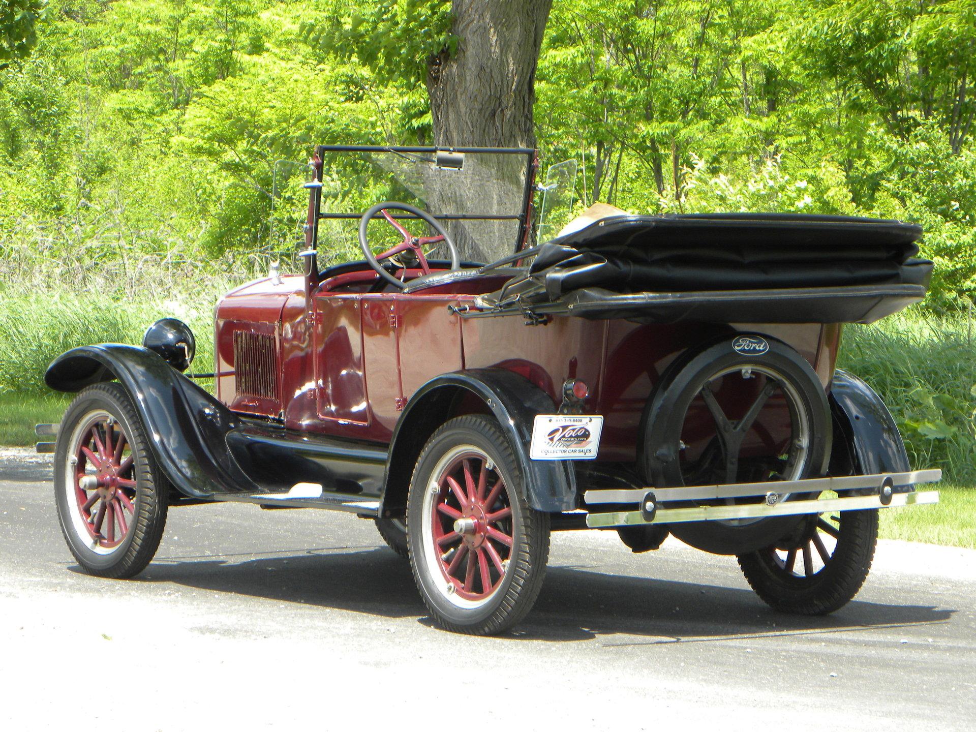 1927 Ford Model T | Volo Auto Museum