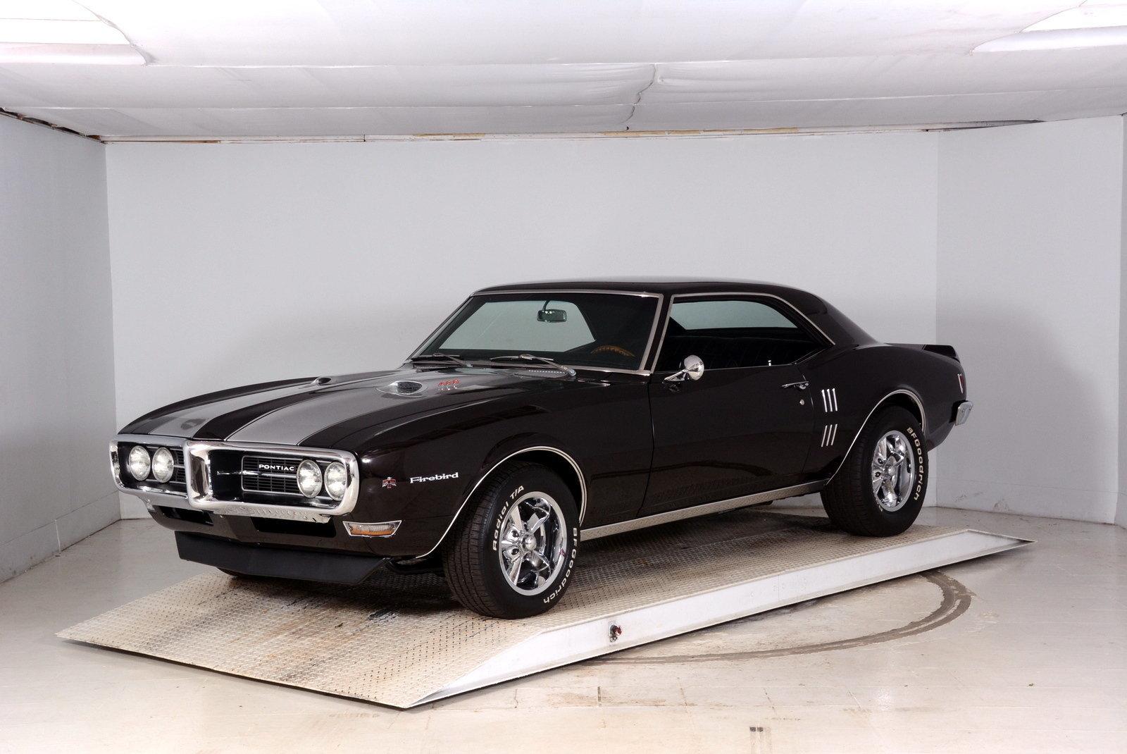 1968 Pontiac Firebird Volo Auto Museum
