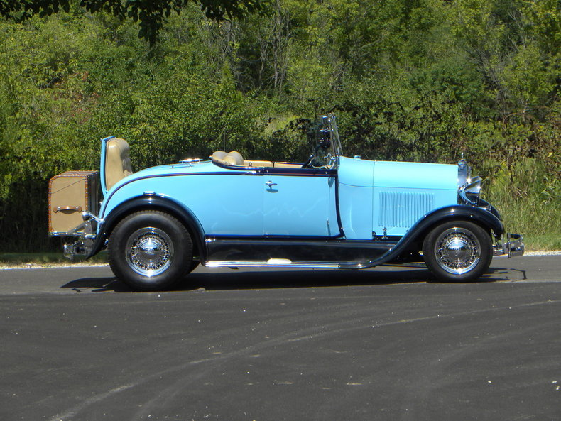 1929 Ford Roadster 3