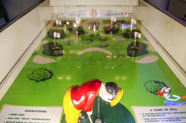 vintage arcades volo