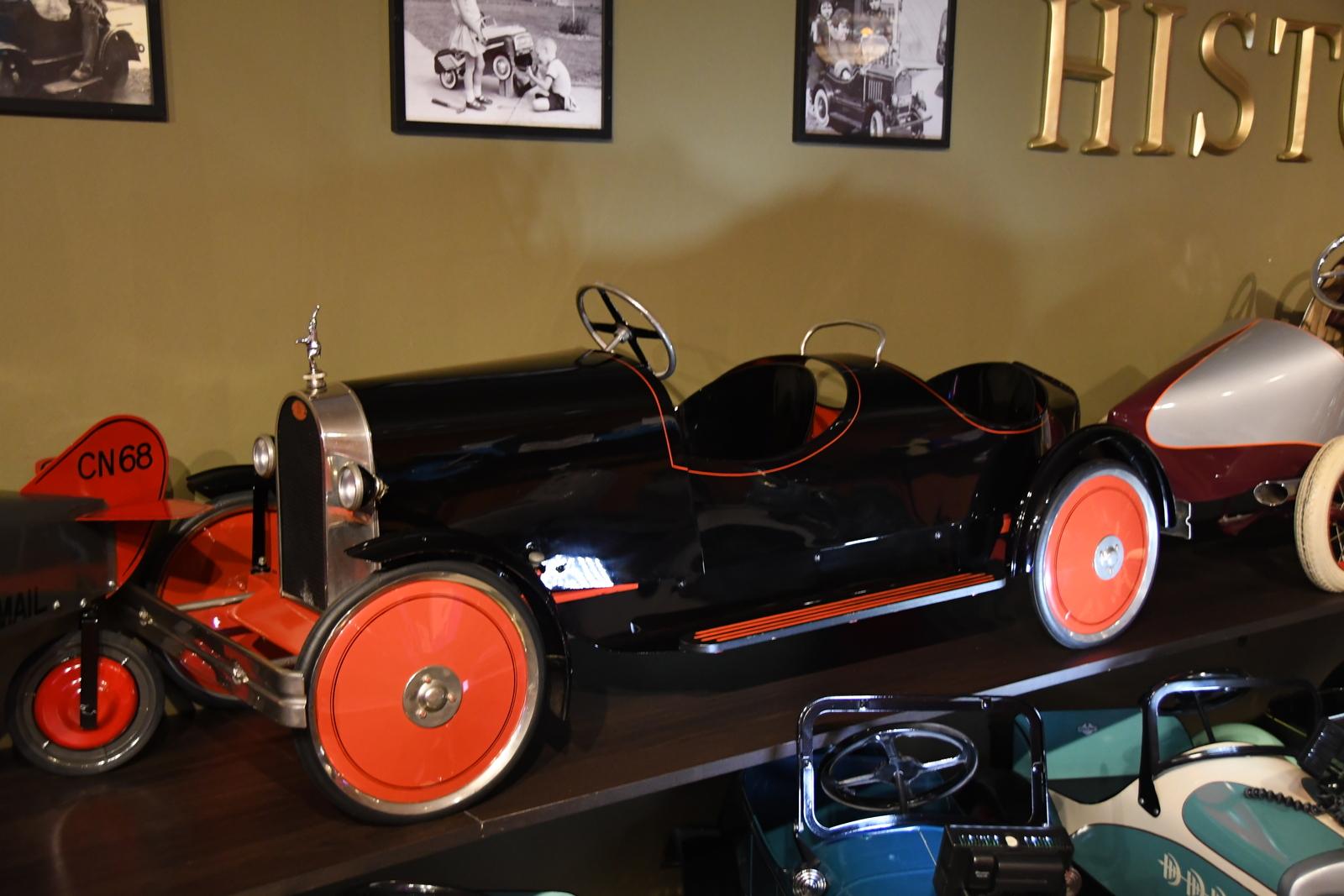 pedal cars bugatti